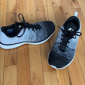 APL Men's sneakers
